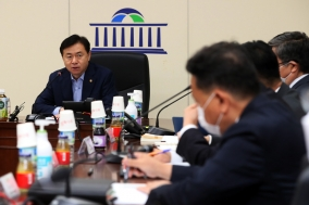김영춘 국회사무총장, 취임 첫 수석전문위원 간담회 개최