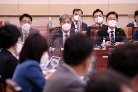 변호사 세무대리 업무 재논의...고향사량 기부금 모금 법률안 가결